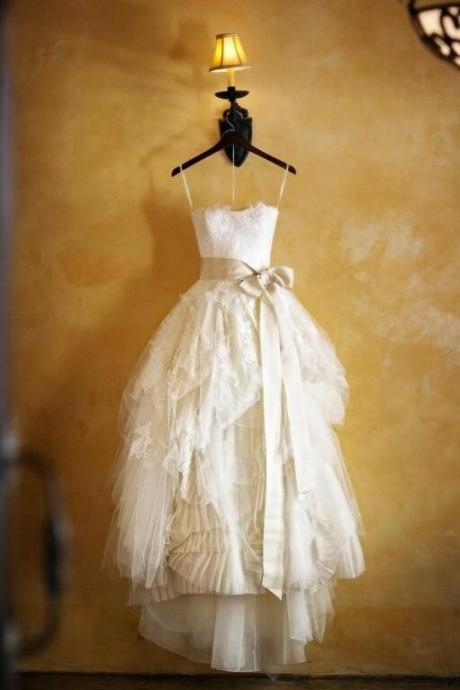Custom Ivory Floor Length Sweetheart Wedding Dress,Vintage Lace Wedding Dresses , Bridal Dresses Gowns