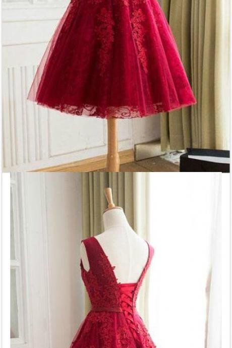 Straps A-line Lace Homecoing Dress,Burgundy Homecoming Dress,Sexy Prom Dress,Short Prom Dress,Appliques Graduation Dresses,Lace-up Short Prom Dress Party Dress,Homecoming Dresses